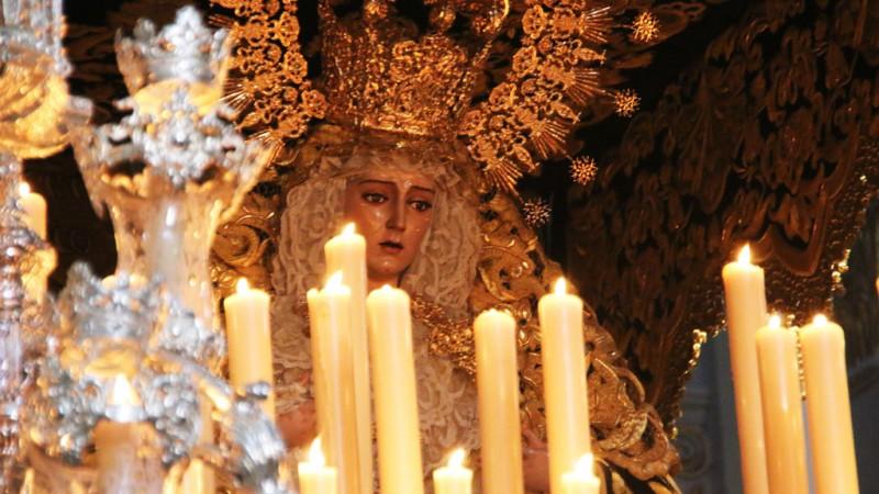 Semana santa Málaga Lágrimas y Favores