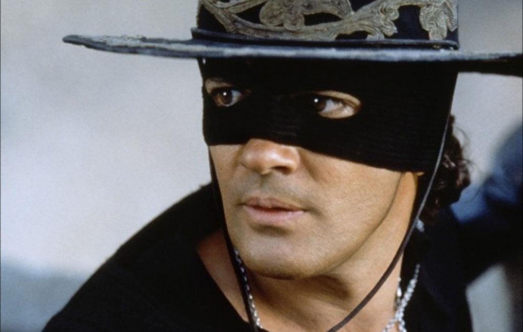 Antonio Banderas momentos del film El Zorro